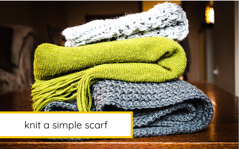 How to Knit an Simple Scarf With Leftover Yarn